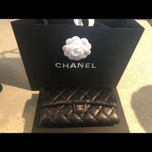 Chanel wallet brand new